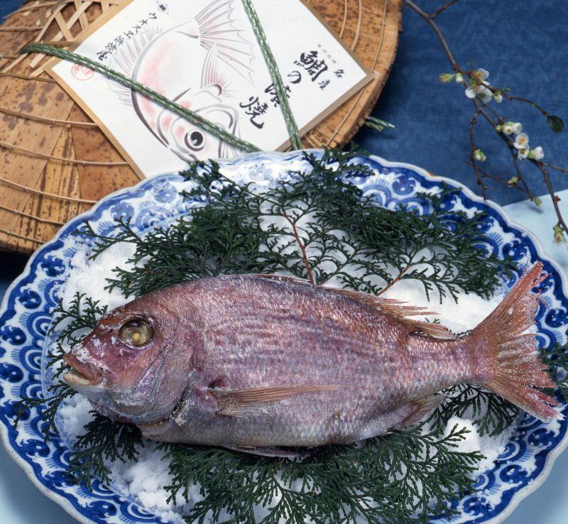 画像1: 尾道伝統特産鯛の浜焼 (1)